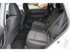 2018 Nissan Rogue SV Crossover - 504650 - Thumbnail 23