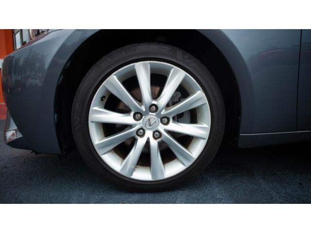 2015 Lexus IS 250 250 Sedan - 504374 - Image 14