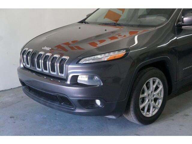 2014 Jeep Cherokee Latitude SUV - 504717S - Image 10