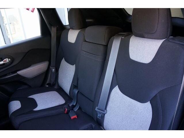 2014 Jeep Cherokee Latitude SUV - 504717S - Image 22