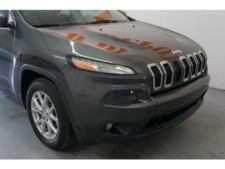 2014 Jeep Cherokee Latitude SUV - 504717S - Thumbnail 9