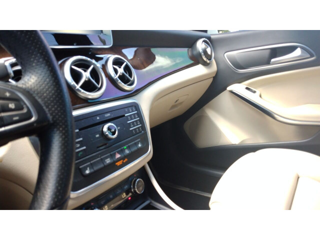 2016 Mercedes-Benz CLA CLA 250 4MATIC Sedan - 388034 - Image 20