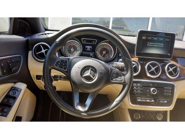 2016 Mercedes-Benz CLA CLA 250 4MATIC Sedan - 388034 - Image 26
