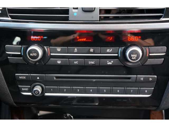 2016 BMW X3 sDrive28i SUV - 504840 - Image 33