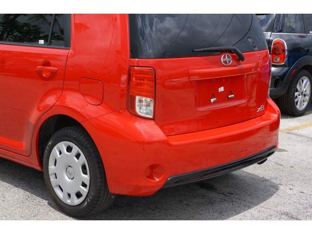 2014 Scion xB Base 4A Wagon - 300088H - Image 11