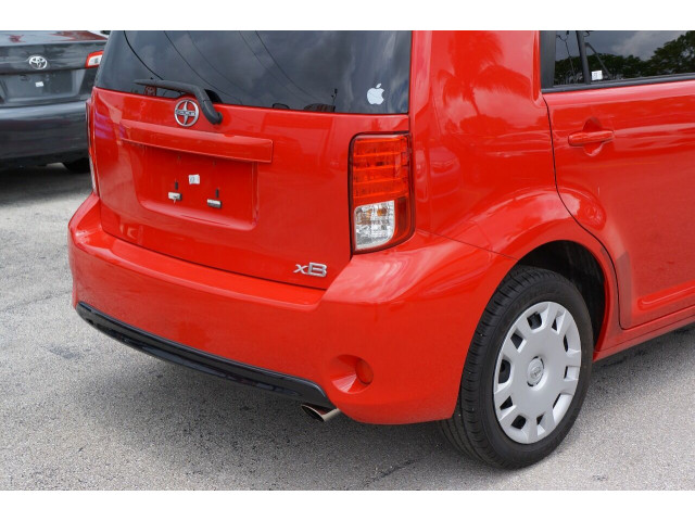 2014 Scion xB Base 4A Wagon - 300088H - Image 12