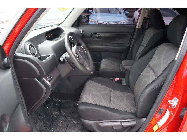 2014 Scion xB Base 4A Wagon - 300088H - Image 19