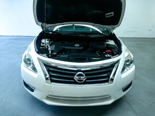 2015 Nissan Altima 2.5 S Sedan - 504501 - Image 4