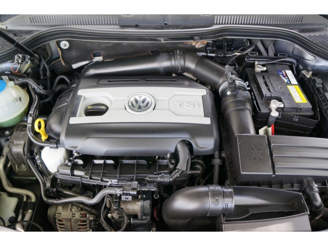 2016 Volkswagen CC 2.0T R Line PZEV 6A Sedan - 504843 - Image 13