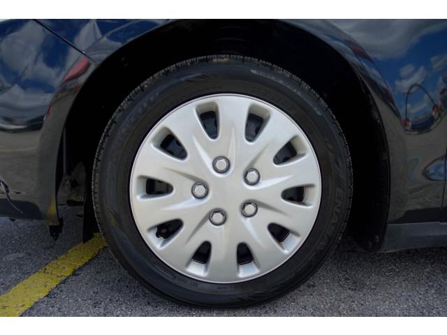 2014 Ford Fusion S Sedan - 380091c - Image 13