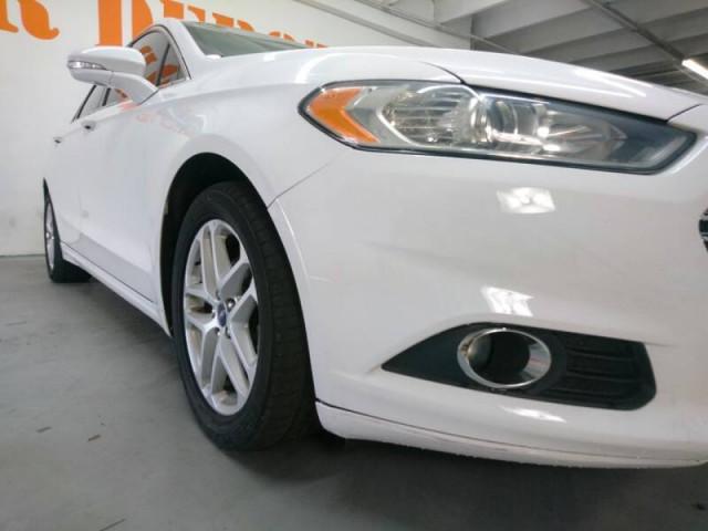 2014 Ford Fusion SE Sedan - 143086D - Image 8