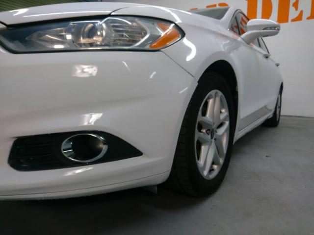 2014 Ford Fusion SE Sedan - 143086D - Image 9