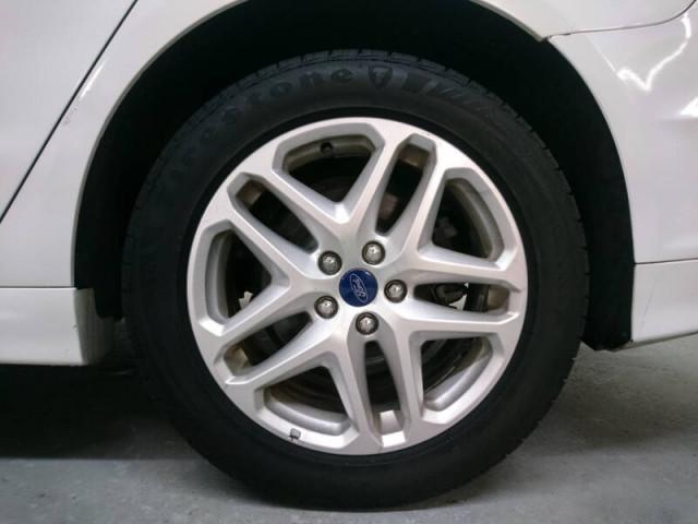 2014 Ford Fusion SE Sedan - 143086D - Image 12
