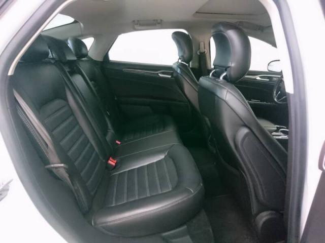 2014 Ford Fusion SE Sedan - 143086D - Image 24