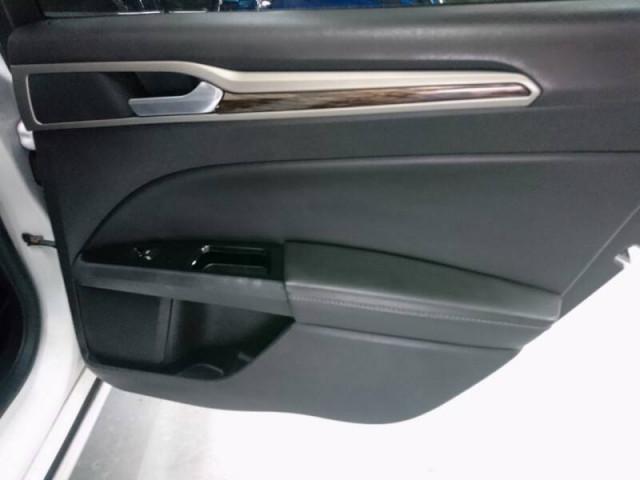 2014 Ford Fusion SE Sedan - 143086D - Image 26