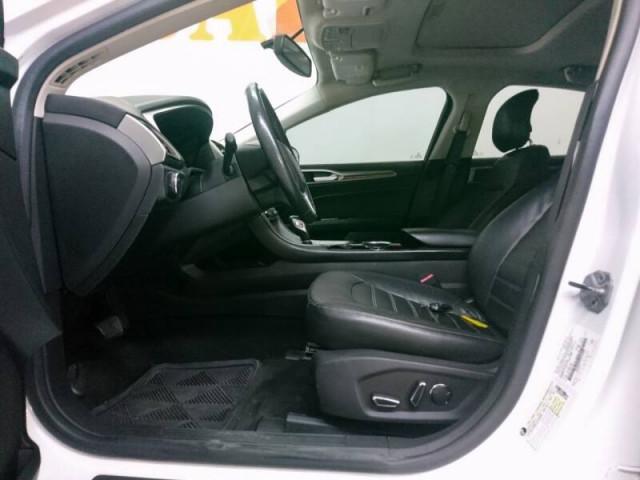 2014 Ford Fusion SE Sedan - 143086D - Image 33