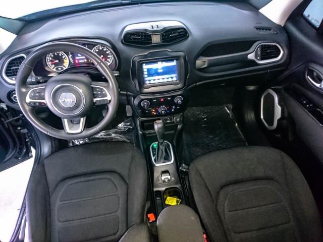 2018 Jeep Renegade Latitude SUV - G93025D - Image 30