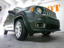 2018 Jeep Renegade Latitude SUV - G93025D - Thumbnail 4