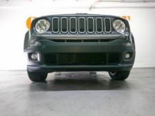 2018 Jeep Renegade Latitude SUV - G93025D - Thumbnail 11