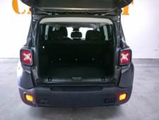 2018 Jeep Renegade Latitude SUV - G93025D - Thumbnail 22