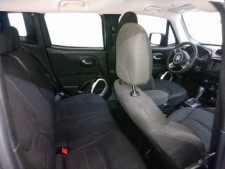 2018 Jeep Renegade Latitude SUV - G93025D - Thumbnail 37