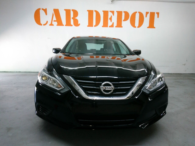 2016 Nissan Altima 2.5 Sedan - 208813D - Image 9