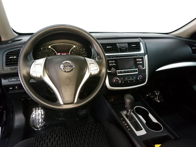 2016 Nissan Altima 2.5 Sedan - 208813D - Image 42