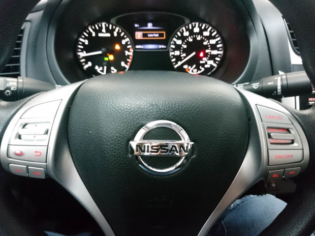 2016 Nissan Altima 2.5 Sedan - 208813D - Image 44