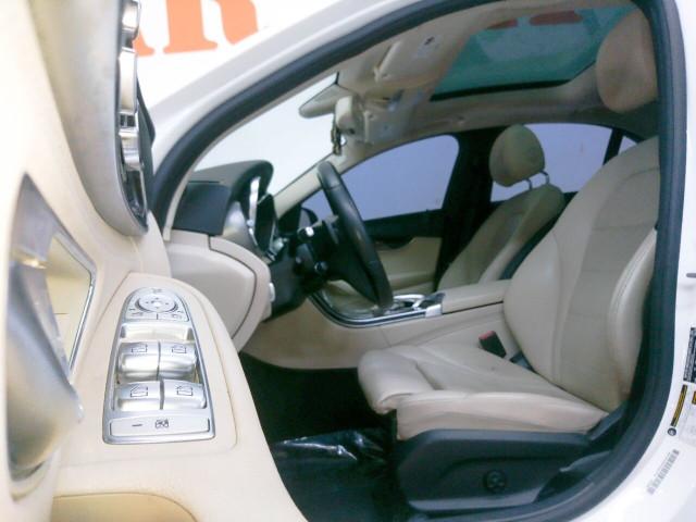 2015 Mercedes-Benz C-Class C 300 Sedan - 052803D - Image 27