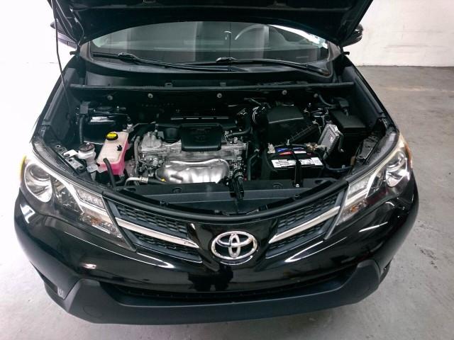 2015 Toyota RAV4 XLE SUV - 504932W - Image 5