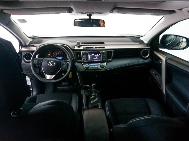 2015 Toyota RAV4 XLE SUV - 504932W - Image 34