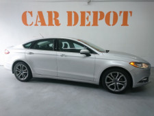2017 Ford Fusion SE Sedan - 504935W - Thumbnail 2