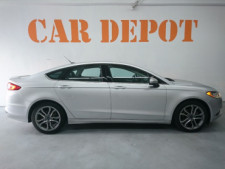 2017 Ford Fusion SE Sedan - 504935W - Thumbnail 3