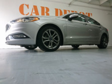 2017 Ford Fusion SE Sedan - 504935W - Thumbnail 9