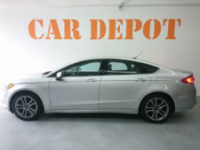 2017 Ford Fusion SE Sedan - 504935W - Thumbnail 10