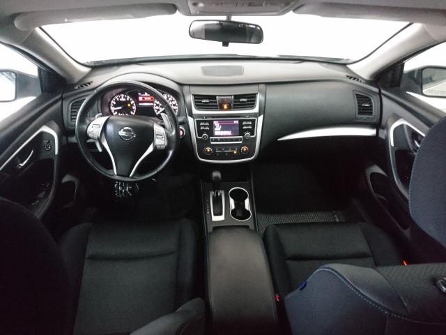 2016 Nissan Altima 2.5 SR Sedan - 504926W - Image 26