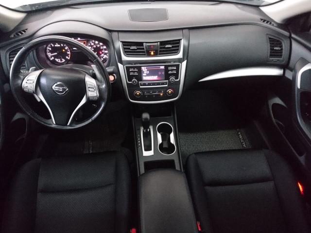 2016 Nissan Altima 2.5 SR Sedan - 504926W - Image 27