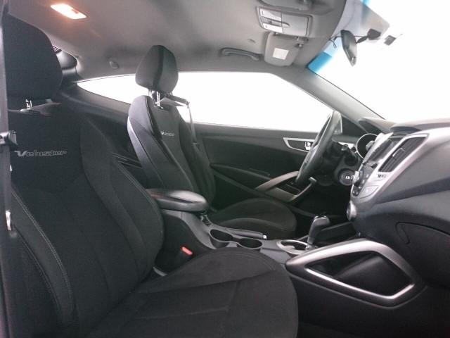 2015 Hyundai Veloster Base Coupe - 504859 - Image 36