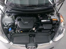 2015 Hyundai Veloster Base Coupe - 504859 - Thumbnail 5