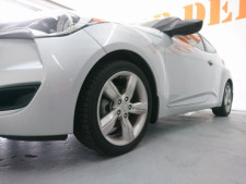 2015 Hyundai Veloster Base Coupe - 504859 - Thumbnail 8