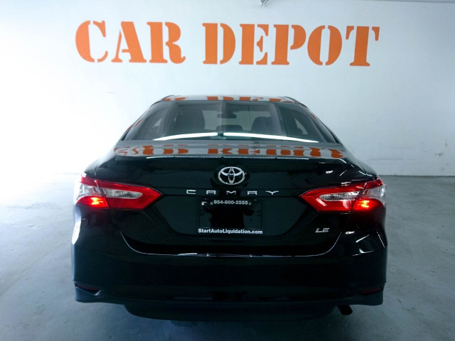 2018 Toyota Camry LE Sedan - 073980D - Image 18