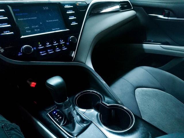 2018 Toyota Camry LE Sedan - 073980D - Image 25