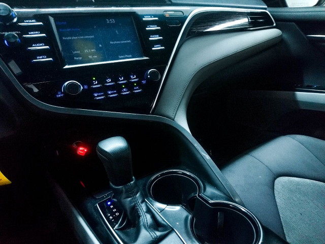 2018 Toyota Camry LE Sedan - 073980D - Image 26