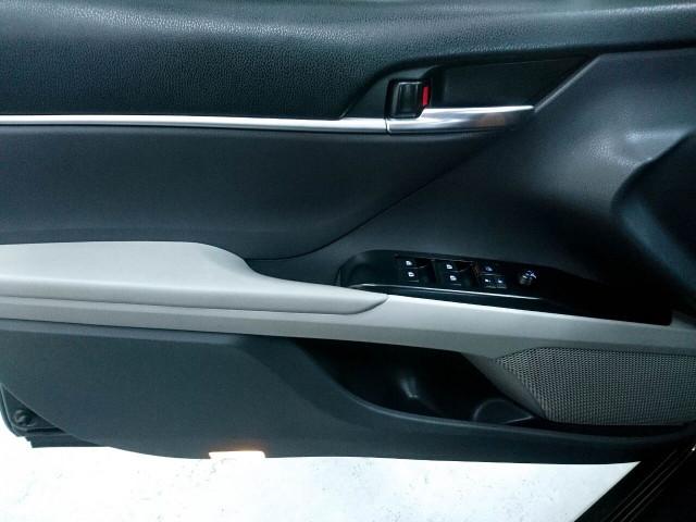 2018 Toyota Camry LE Sedan - 073980D - Image 30