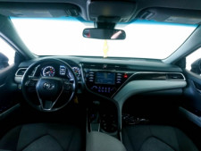 2018 Toyota Camry LE Sedan - 073980D - Thumbnail 35