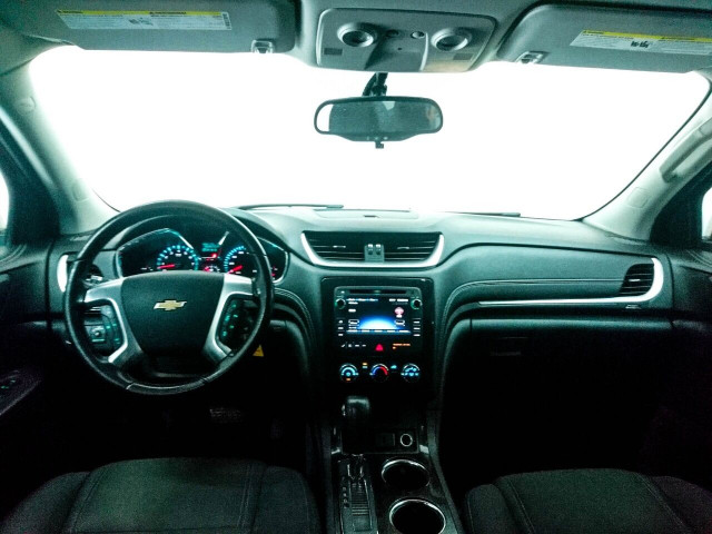 2016 Chevrolet Traverse LT w/1LT SUV - 166240D - Image 13
