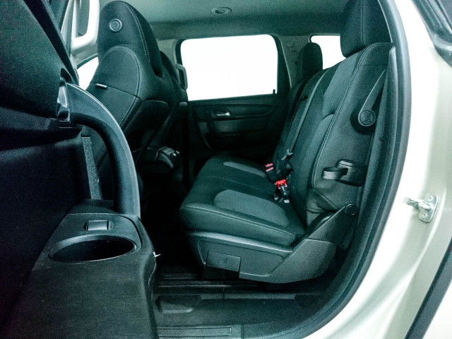 2016 Chevrolet Traverse LT w/1LT SUV - 166240D - Image 22