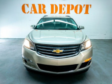 2016 Chevrolet Traverse LT w/1LT SUV - 166240D - Thumbnail 4