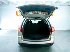 2016 Chevrolet Traverse LT w/1LT SUV - 166240D - Thumbnail 9