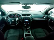 2016 Chevrolet Traverse LT w/1LT SUV - 166240D - Thumbnail 12